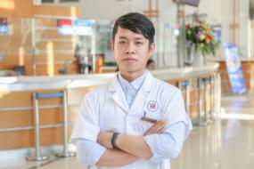 Bác sĩ Lưu Hoàng Anh