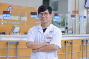 Bác sĩ Vũ Tuấn