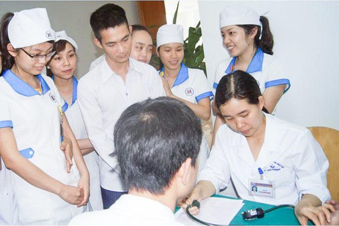 Đoàn thanh niên bệnh viện Đa khoa Quốc tế Hải Phòng tham gia hiến máu tình nguyện