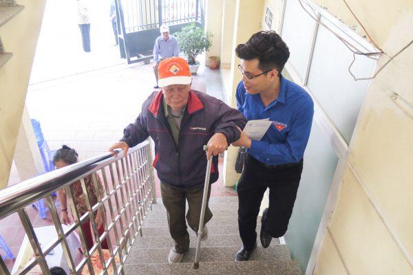 Khám bệnh tình nguyện cho người dân phường Cát Bi- Hải An- Hải Phòng