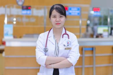 Bác sĩ Lý Thuỳ Linh