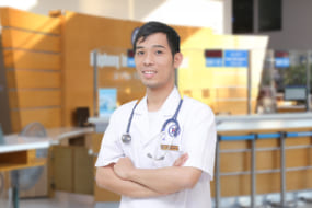 Thạc sĩ. Bác sĩ Phạm Văn Hưng