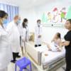 Dược sỹ lâm sàng GS Joseph S. Bertino Jr, Giảng viên Đại học Columbia, New York thăm và làm việc tại Bệnh viện đa khoa quốc tế Hải Phòng