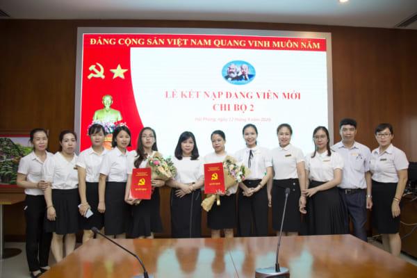 Lễ kết nạp Đảng viên mới chi bộ 2 – Đảng bộ bệnh viện đa khoa Quốc tế Hải Phòng